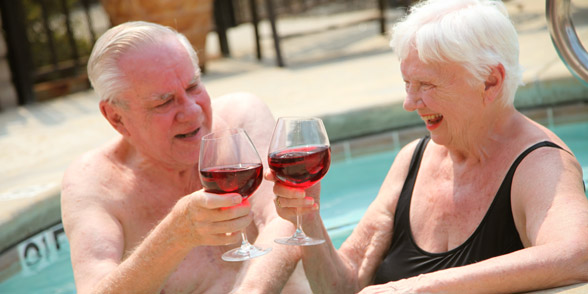 Senior living in rocklin with a hot tub for residents to enjoy