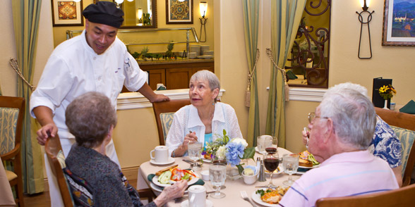 Dining at a santa clarita senior living community