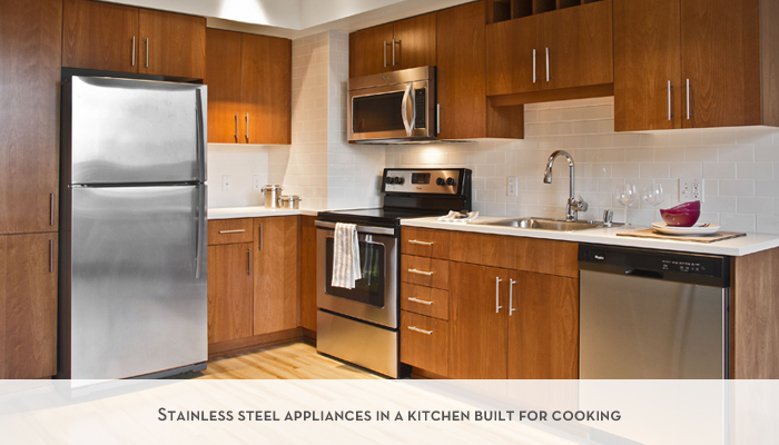 Stainless%20steel%20appliances%20in%20a%20kitchen%20built%20for%20cooking