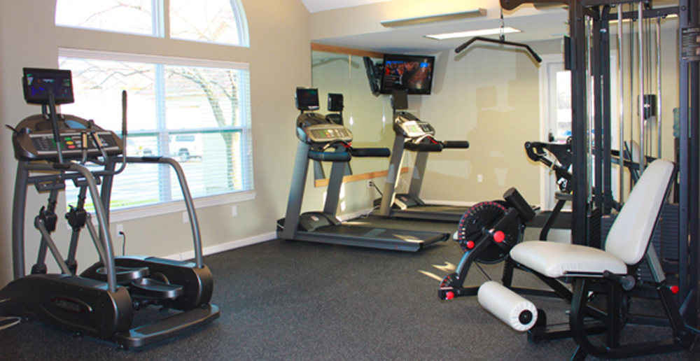 Fitness room at Valparaiso apartments