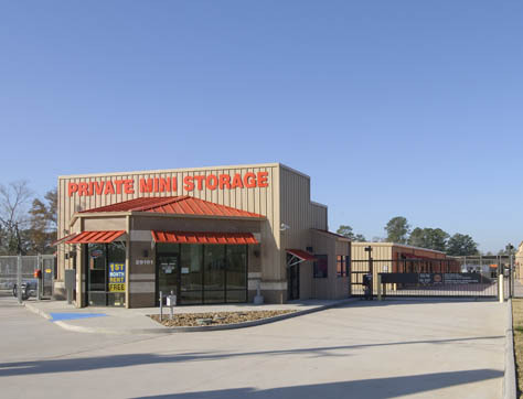 Street view of Magnolia self storage facility
