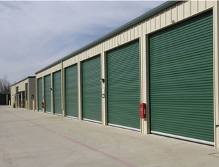 Outdoor self storage in Pearland