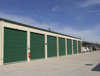 Pearland self storage