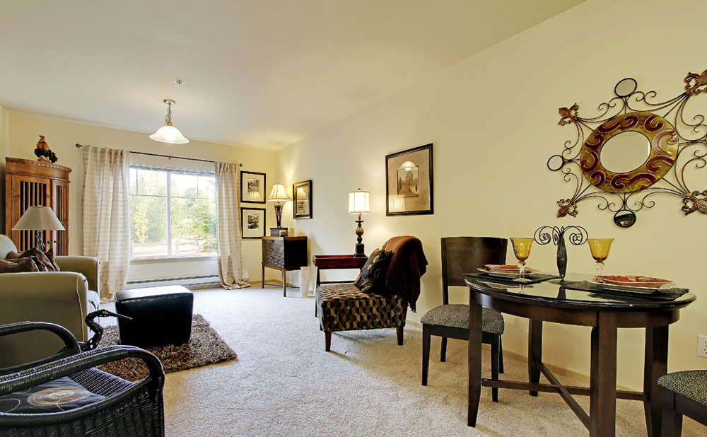 Dining and living rooms at Kent senior living