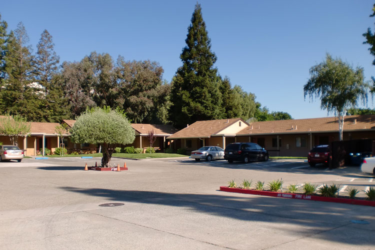 Parking lot featured at Pleasant Hill apartments