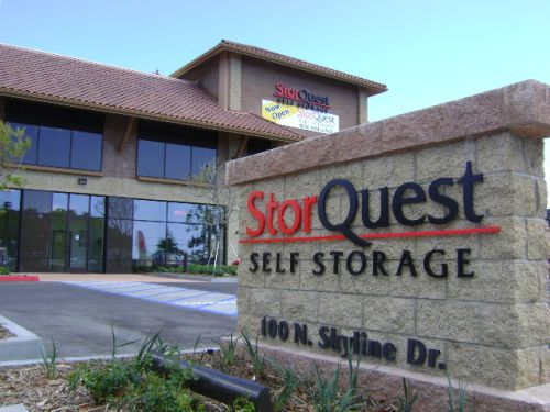 Thousand oaks storefront StorQuest Self Storage