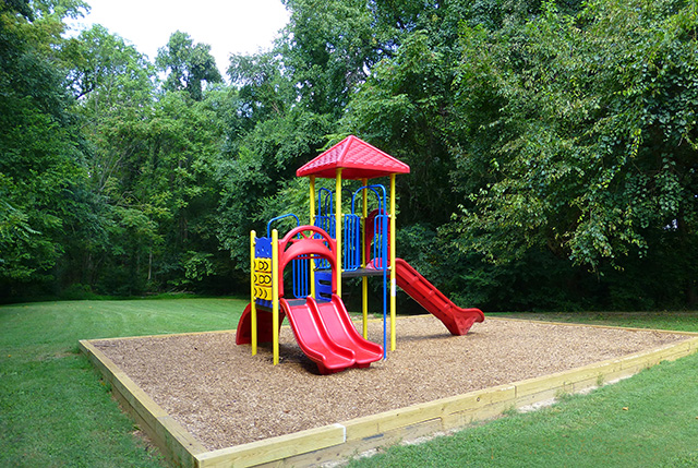 Playground at Colonial Apartments, Richmond VA