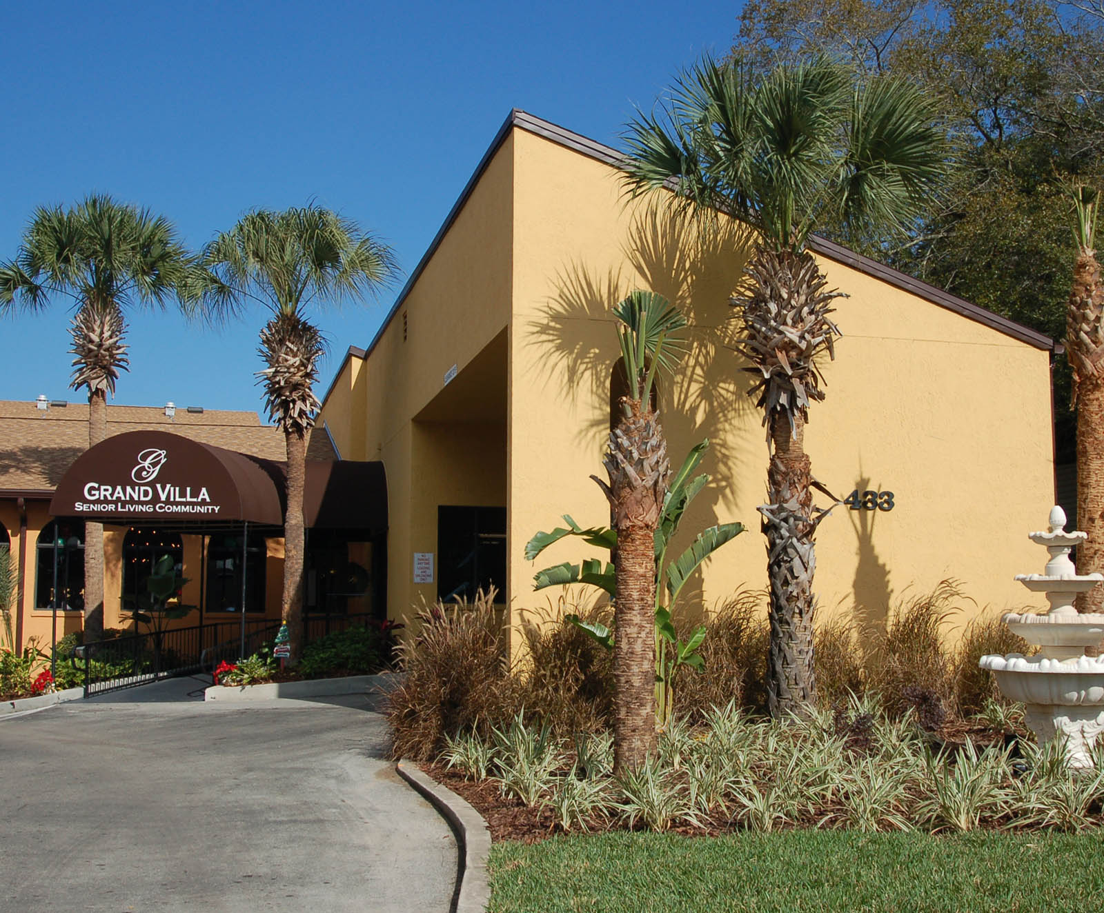 Altamonte Springs senior living entrance