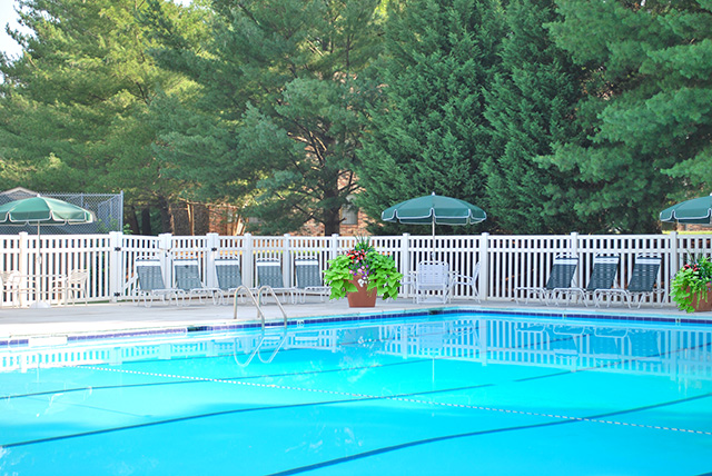 Relax by the pool at Foxchase, Richmond