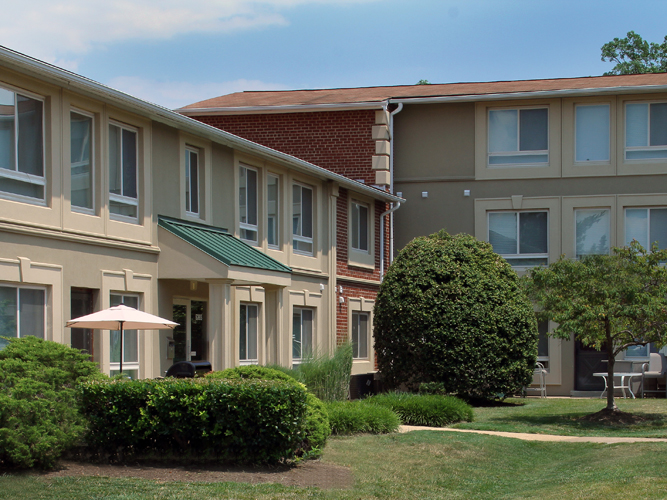 Alexandria apartments exterior is clean and well maintained for all residents to enjoy.