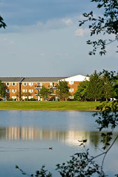 View photos of our Lakehaven Apartments in Carol Stream.
