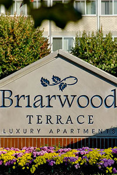 Read resident testimonials for Briarwood Terrace Apartments in Prospect Heights