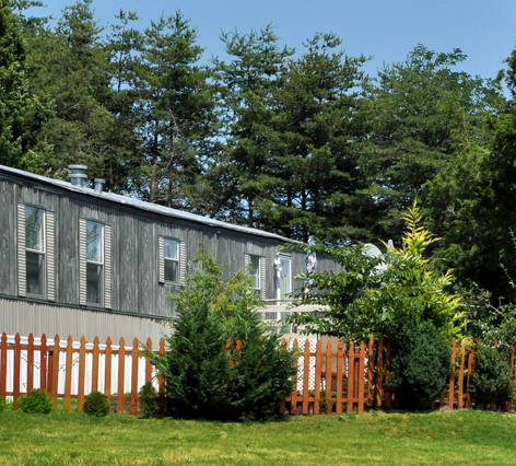 Looking for a mobile home community in Woodbridge, VA?