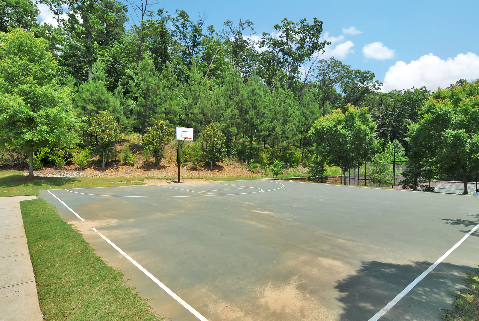 Basketball court at Buford apartments