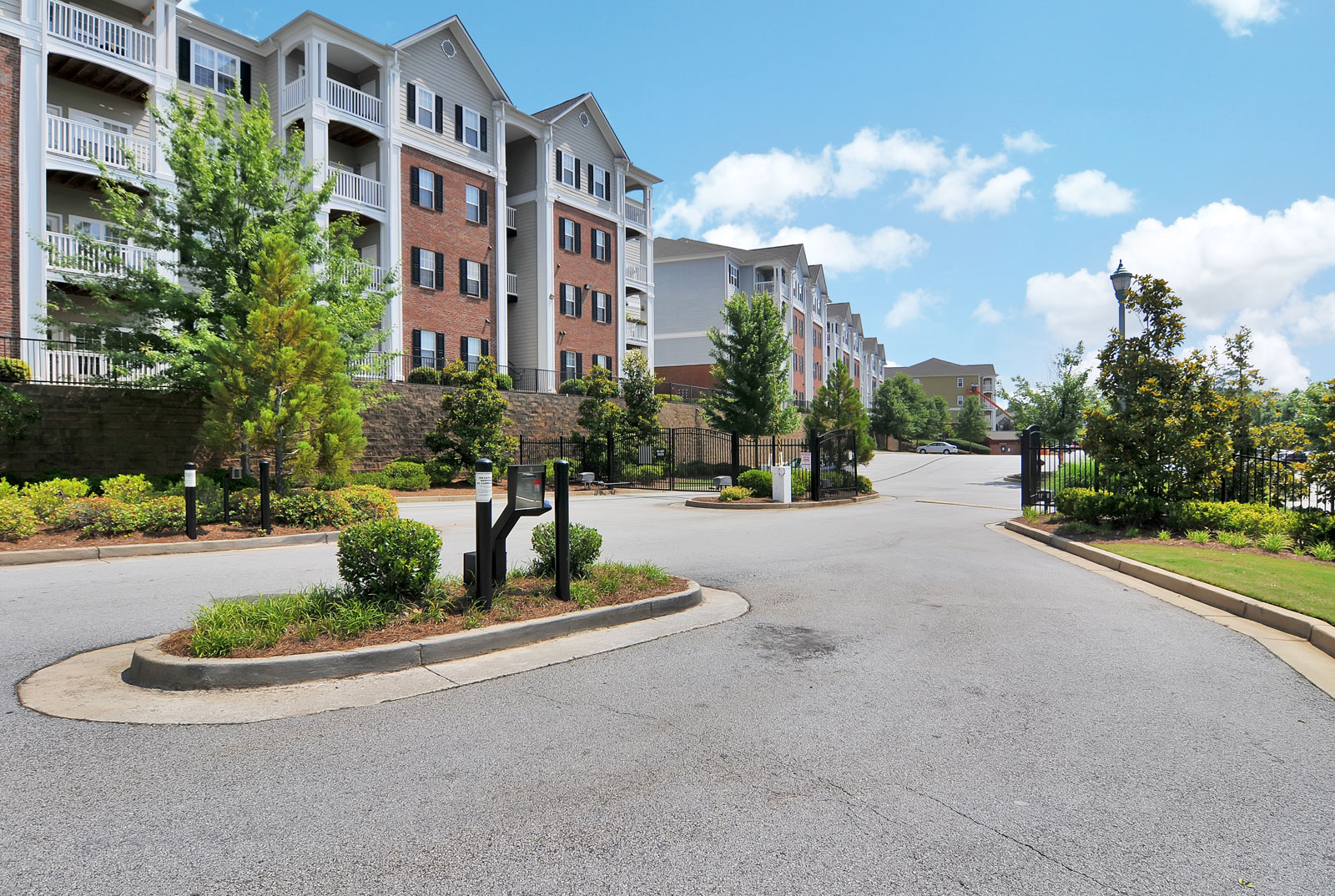Exterior apartments buford