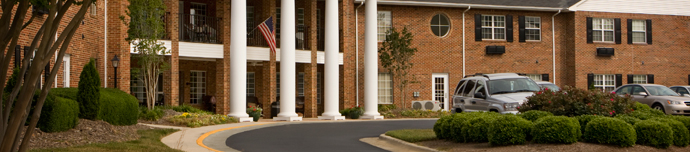 Beautiful exterior of senior living in Raleigh