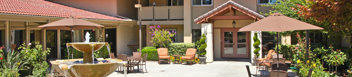 Beautiful exterior of senior living in Los Altos
