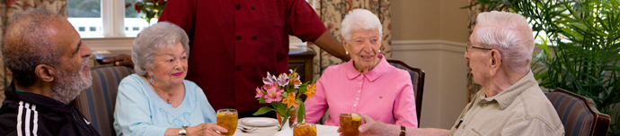Fine dining at Virginia Beach senior living