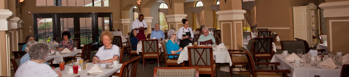 Fine dining at senior living in San Antonio
