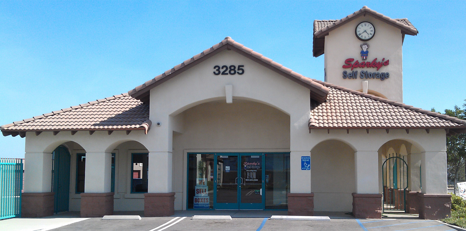 Sparky self storage facility in California