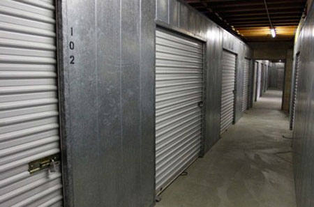 Self storage in westlake village have easy access
