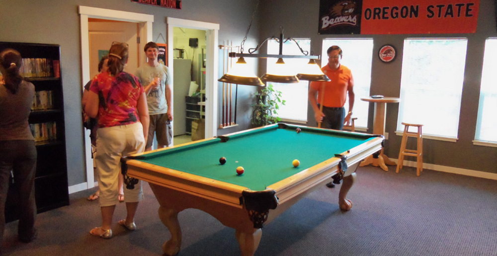 Grand oaks pool table