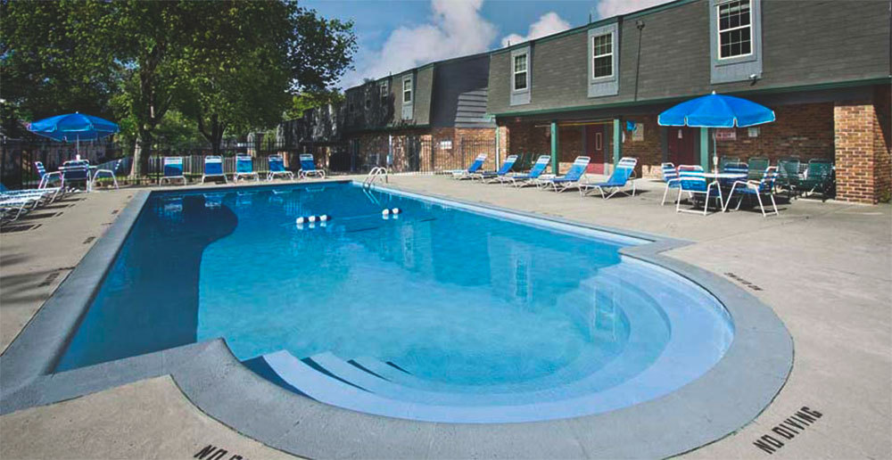 Swimming pool at townhomes in dayton