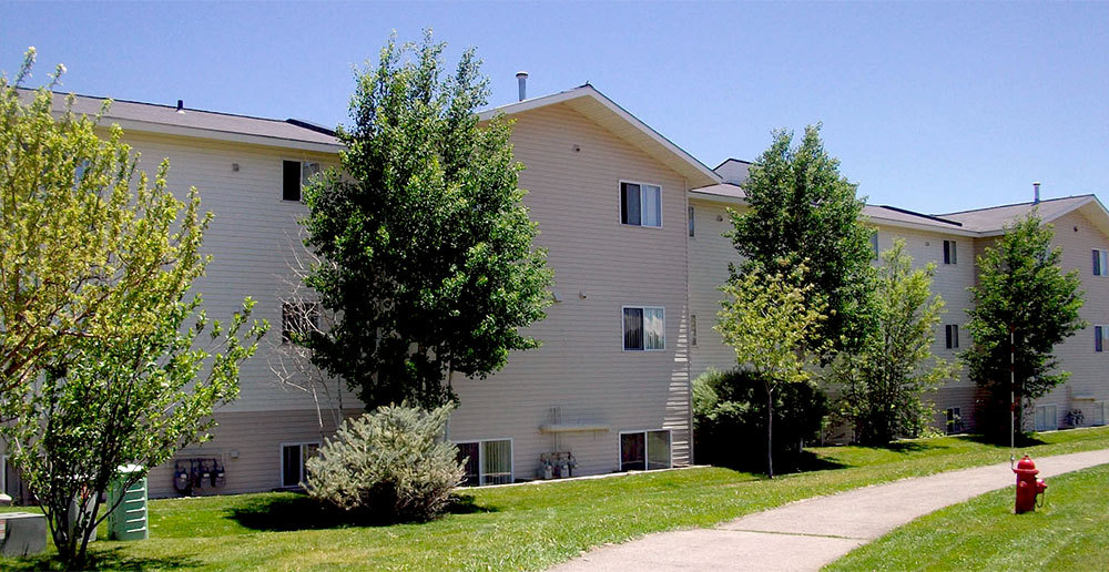 Building exterior apartments in gunnison