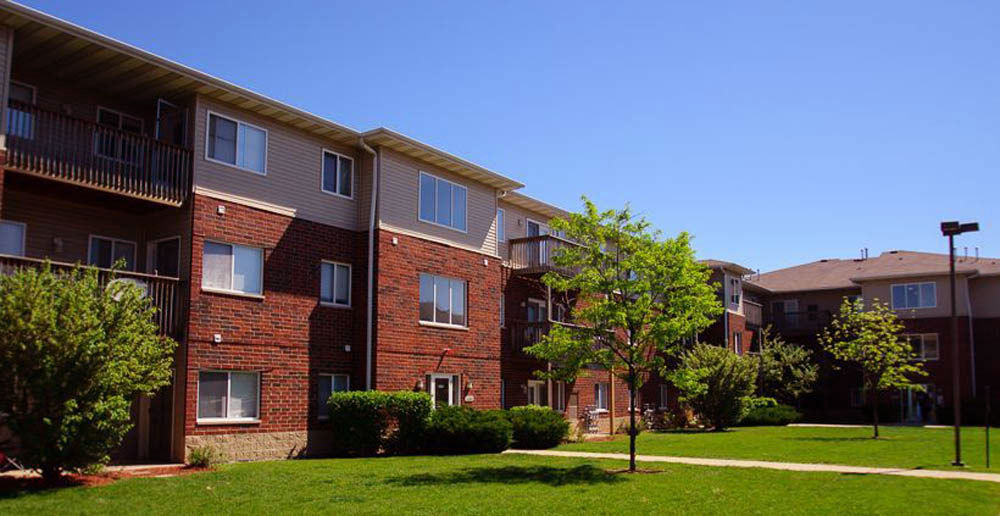 Waukegan apartments exterior