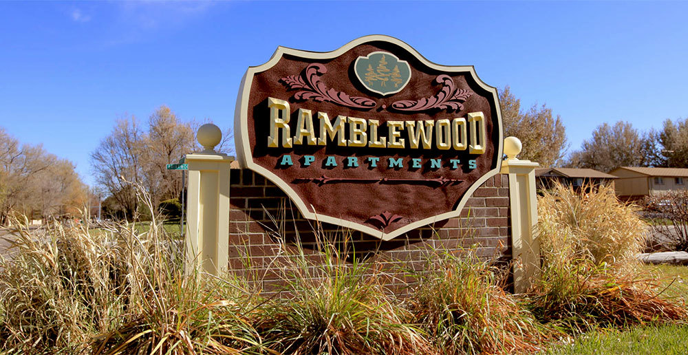 Community sign ramblewood apartments in fort collins