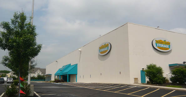 Exterior of self storage in Cherry Hill
