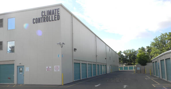 Climate controlled self storage in Lakewood