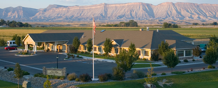 Grand Junction assisted living has a Beautiful exterior