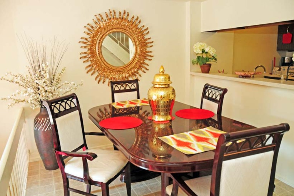 Spacious dining room inside Ferguson MO Townhomes