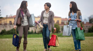 Three girls shopping near apartments in Allen