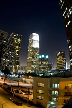 1111 Wilshire offers great apartments in City West Los Angeles.