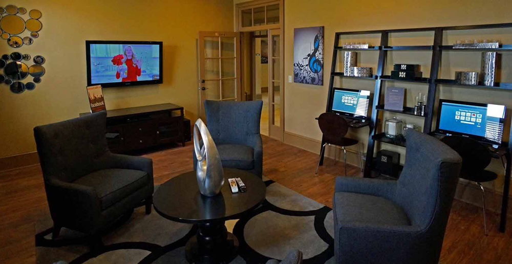 Business lounge at Murfreesboro apartments
