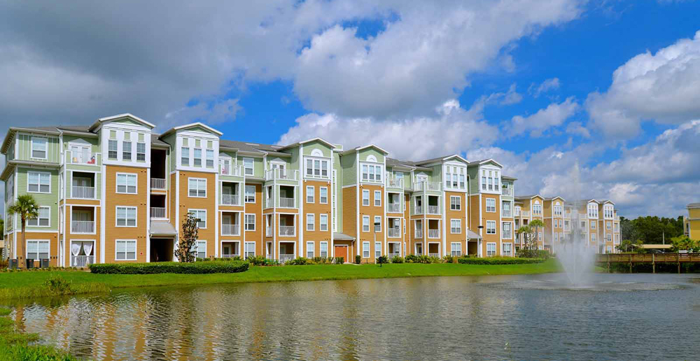 Beautiful exterior of Riverview apartments FL