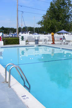 Learn more about the amenities at our marina in East Patchogue