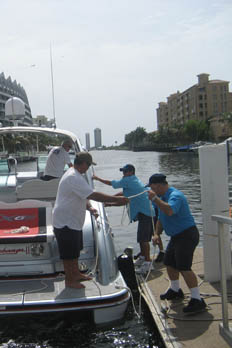Aquamarina Hi-Lift offers a variety of services at their Aventura boat yard