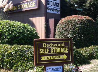 Cotati self storage sign