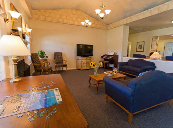 Entertainment room at Mountain View assisted living