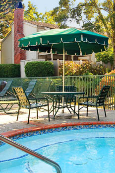 Enjoy a variety of amenities at apartments in Cupertino