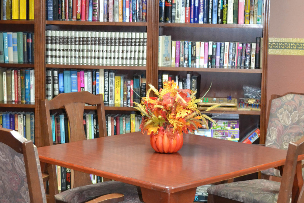 Library and table at Mesa senior living