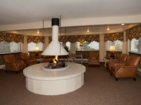 Tumwater senior living residents can enjoy a cozy fire