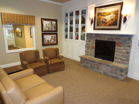 Memory care in Springfield sitting room