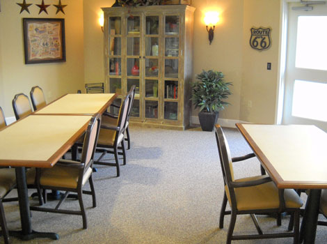 Memory care at Dardenne Prairie activity room