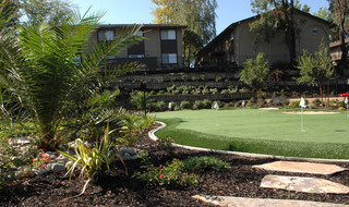 Fair Oaks apartments putting green