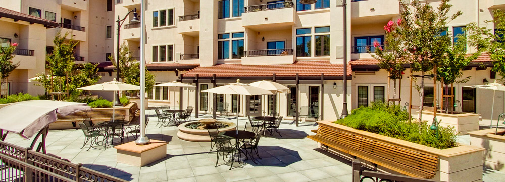 Large courtyard in San Jose senior living community