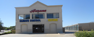 The exterior of the self storage facility in Waco,TX